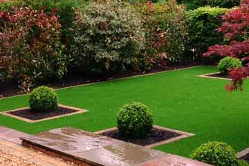 Jardiner a en m laga especialistas en jardines greensur for Articulos para jardineria